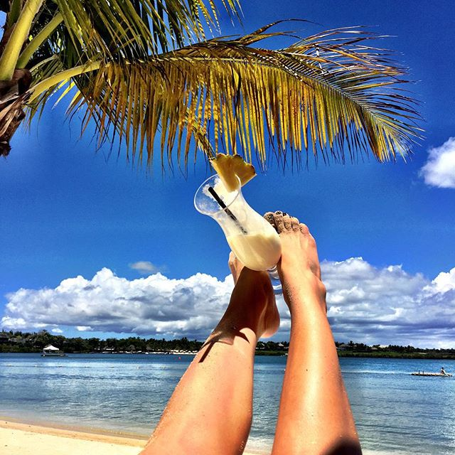 Глюкоза наслаждается семейным отдыхом на острове Маврикий