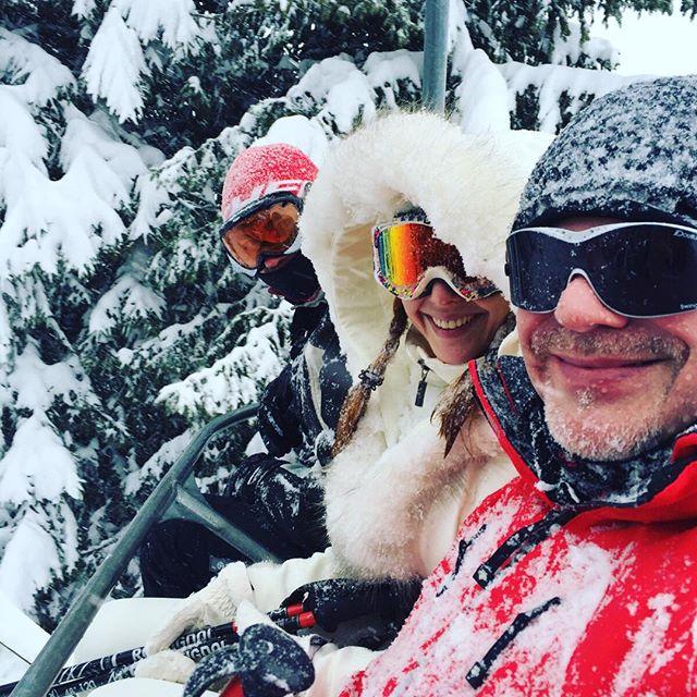 Владимир Пресняков и Наталья Подольская отдыхают вместе с сыном в Альпах