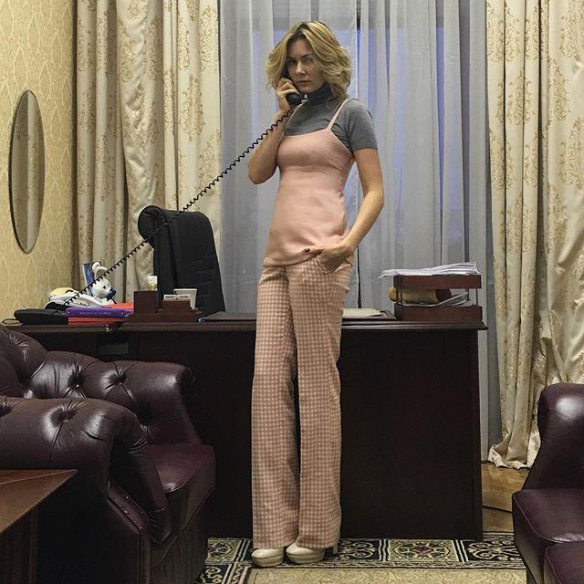 Не узнать: Мария Кожевникова показала, как выглядела до похудения