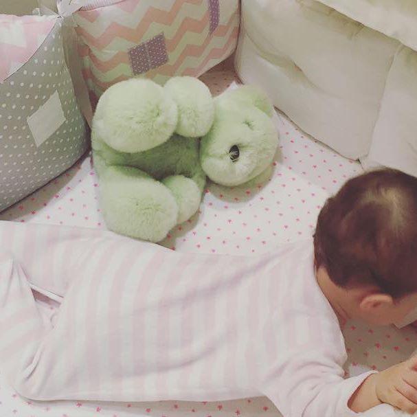 Кети Топурия подарила дочери первые сережки