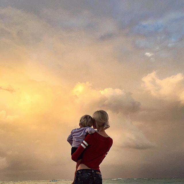 Экс-возлюбленная Тимати отдыхает с дочерью на Доминикане