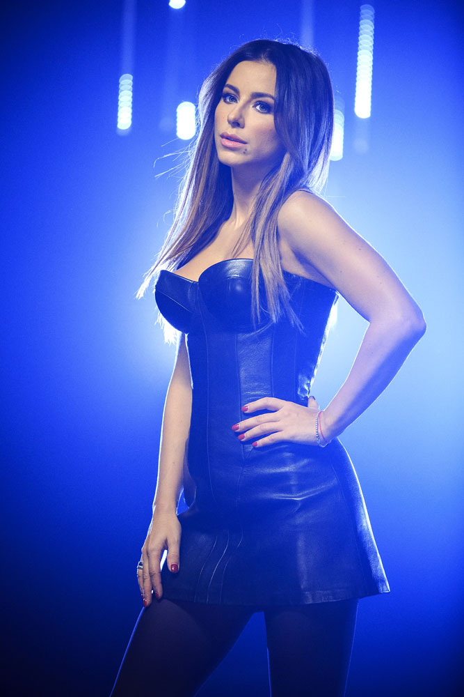 Ани Лорак платье фото голос країни 4 сезон фото 2014