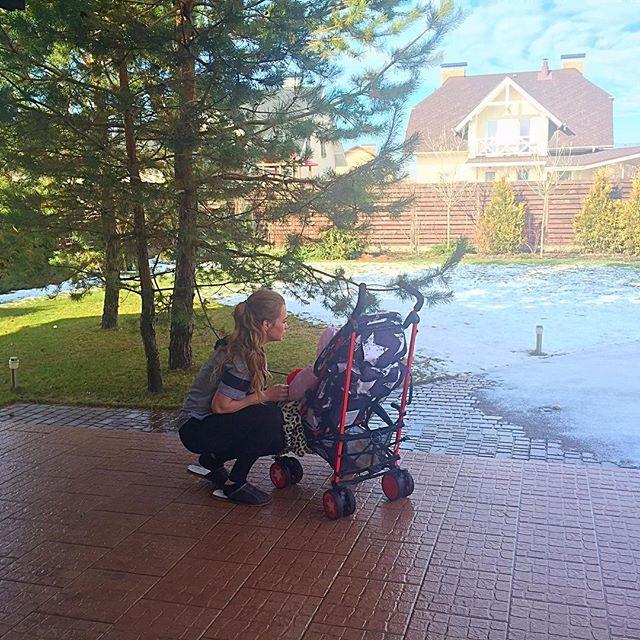 По-домашнему: Яна Соломко поделилась новым снимком с дочерью