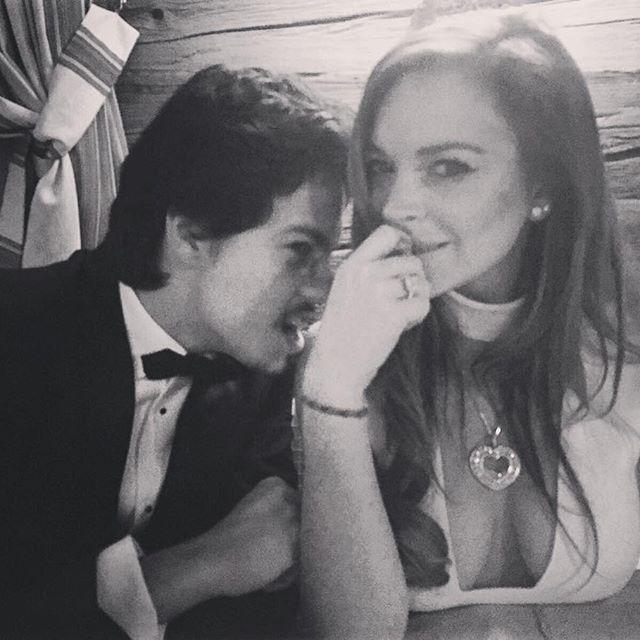 29-летняя Линдсей Лохан обручилась со своим 22-летним возлюбленным из России - СМИ