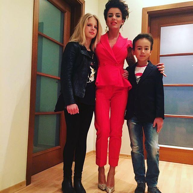 Юлия Волкова показала своих повзрослевших детей