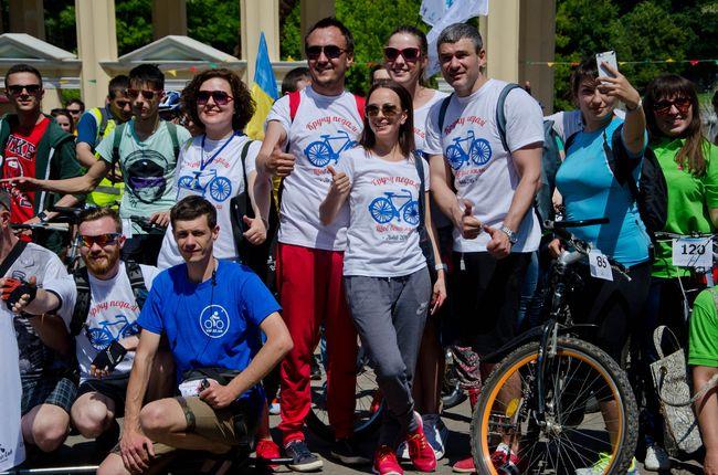 Муж Тони Матвиенко провел велопробег ради онкобольных детей Львова