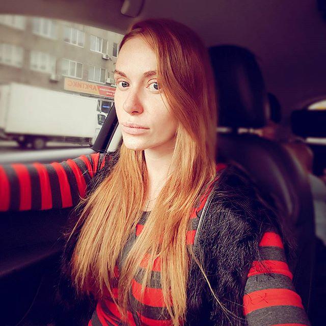 """Слава из """"Неангелов"""" показала лицо без макияжа"""