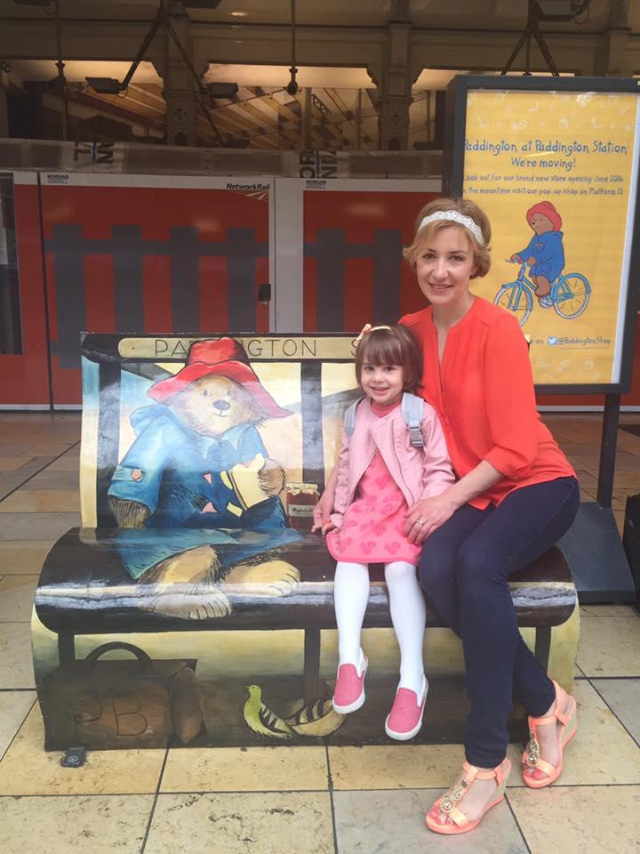 Исчезнувшая с экранов Валерия Черненко показала подросшую дочь