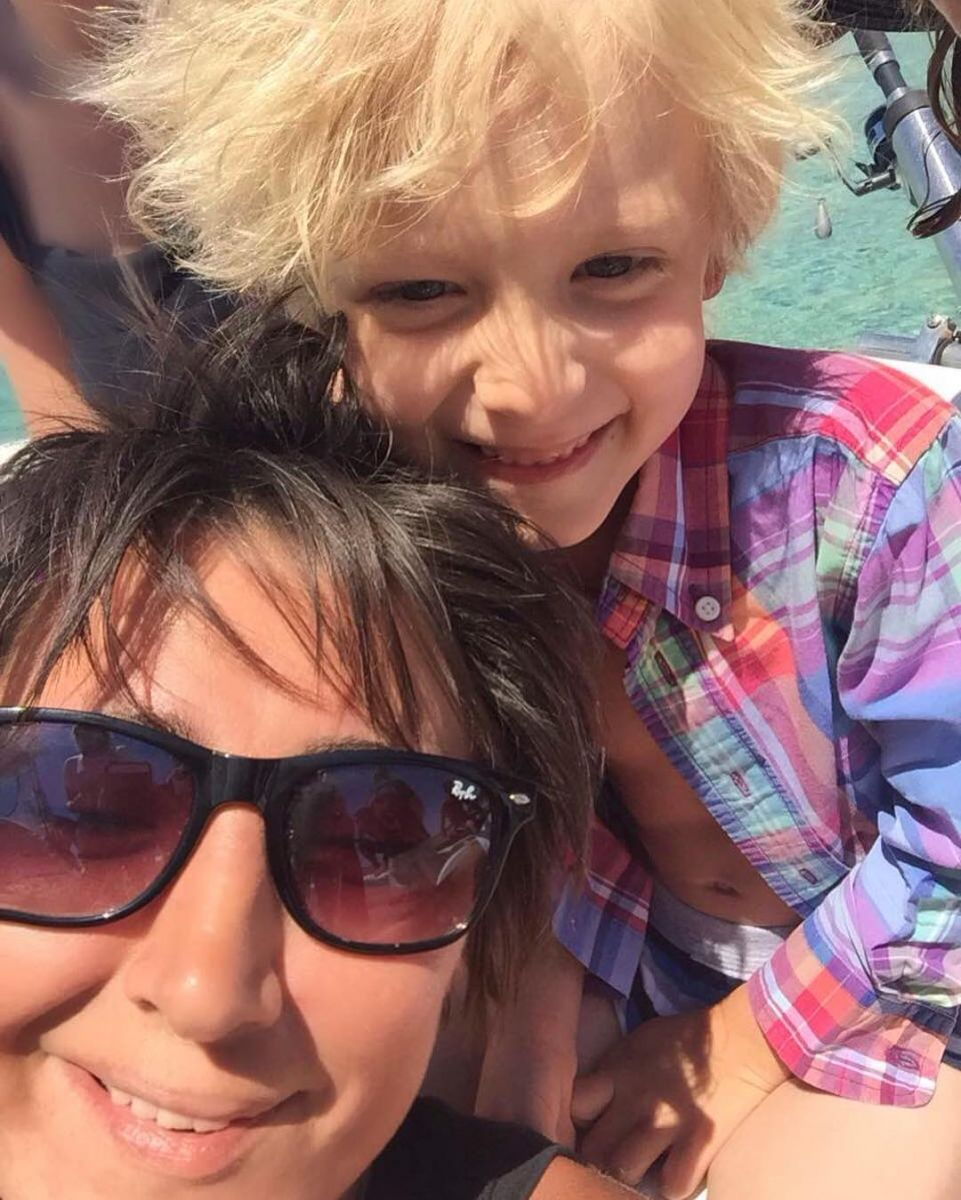 Земфира опубликовала фото с ребенком