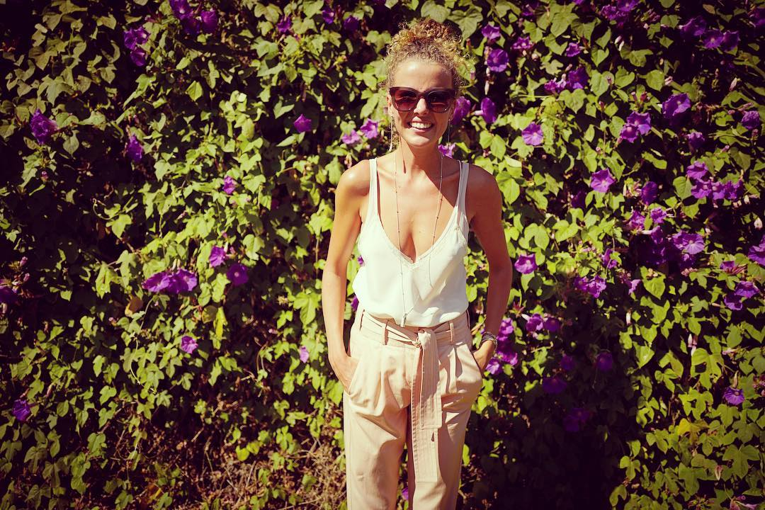 Молодая мамочка Инна Цимбалюк проводит лето во Франции