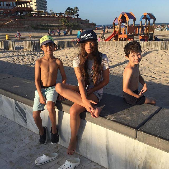 Катерина Климова поделилась снимком подросших детей