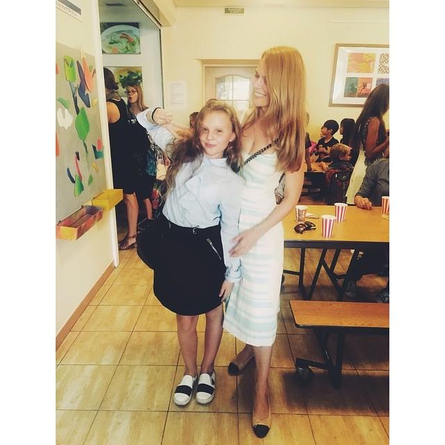 Ольга Фреймут показала первый день дочери в средней школе