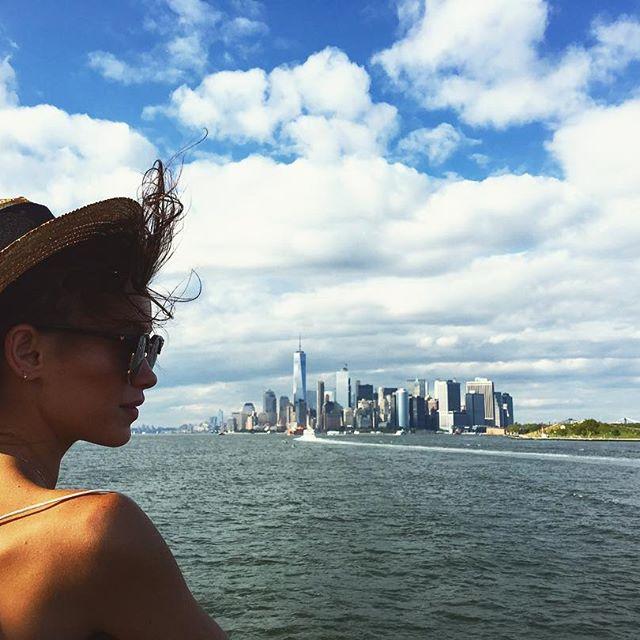Стильная Мария Яремчук гуляет по Нью-Йорку