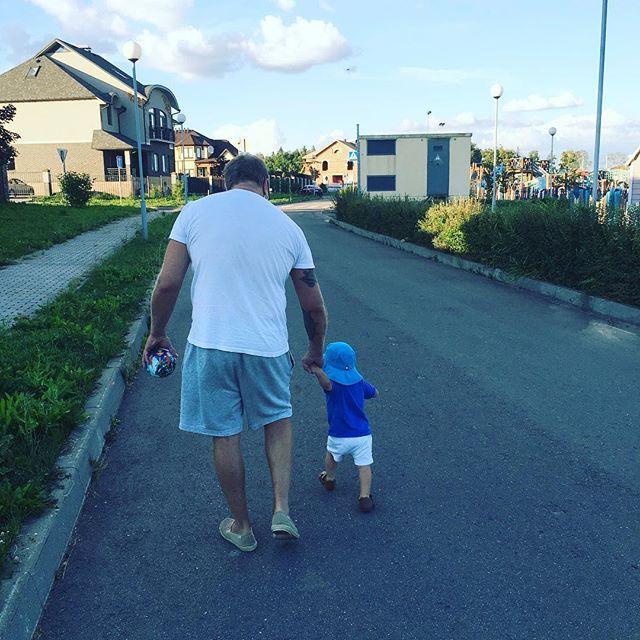 Жена Владимира Преснякова поделилась новыми фото их подросшего сына