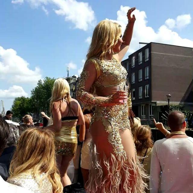 Камалия выступила на гей-параде в Амстердаме