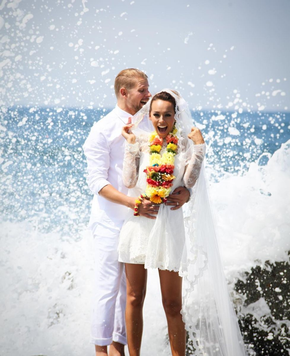 Экс-участница группы Nikita вышла замуж вЛос-Анджелесе