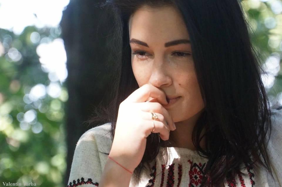 Анастасия Приходько показала фото без грима и фотошопа