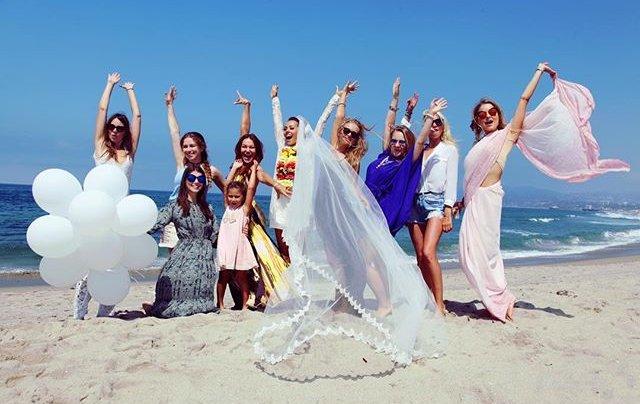 Экс-солистка Nikita устроила пышную свадьбу в Америке