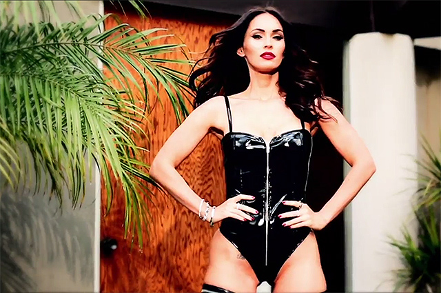 Сексуальная Меган Фокс стала лицом бренда нижнего белья (18+)