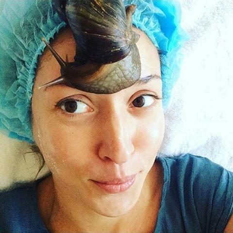 Алена Винницкая молодится с помощью живых улиток