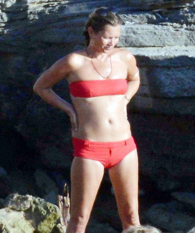 Кейт Мосс неприятно удивила своей расплывшейся фигурой