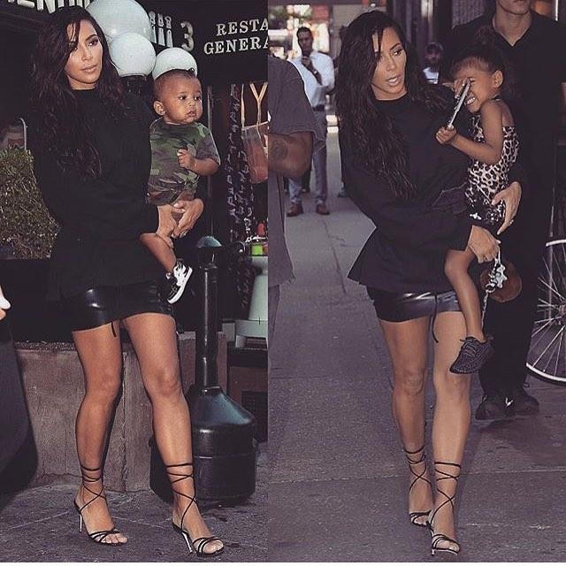 Все в сборе: Ким Кардашьян и Канье Уэст с детьми на прогулке