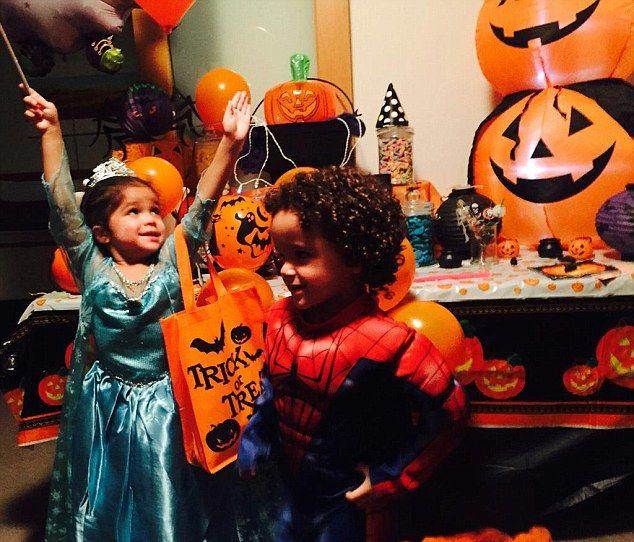 Очаровательные звездные детишки и их костюмы на Хэллоуин