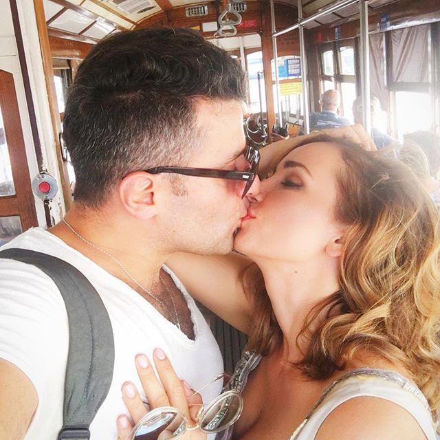 Анфиса Чехова устроила в честь дня рождения мужа романтическую поездку в Португалию
