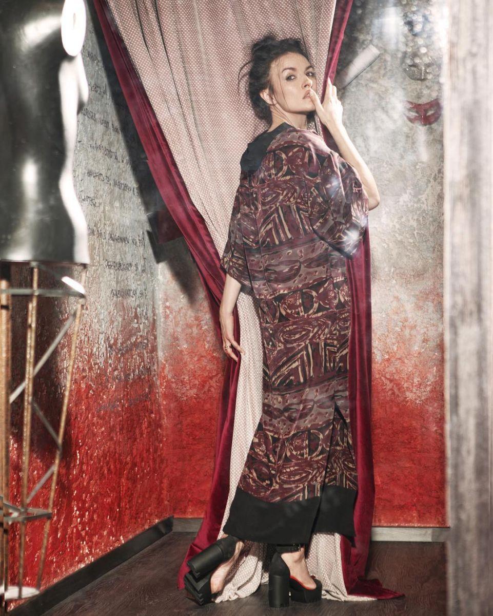 Стильная и разная: Надежда Мейхер снялась в рекламе собственного бренда