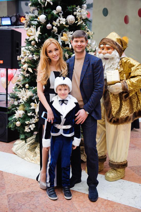 Благодійний новорічний карнавал