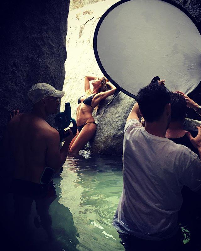 Хайди Клум поделилась сексуальными фото со съемки новой коллекции белья