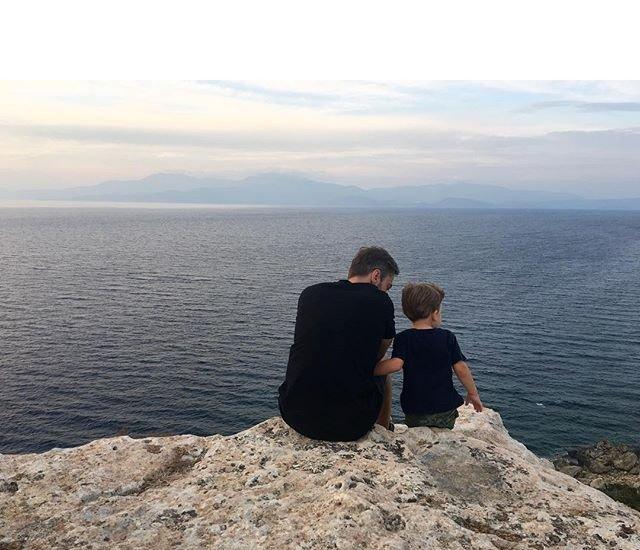 Дмитрий Шепелев сбежал с сыном из страны