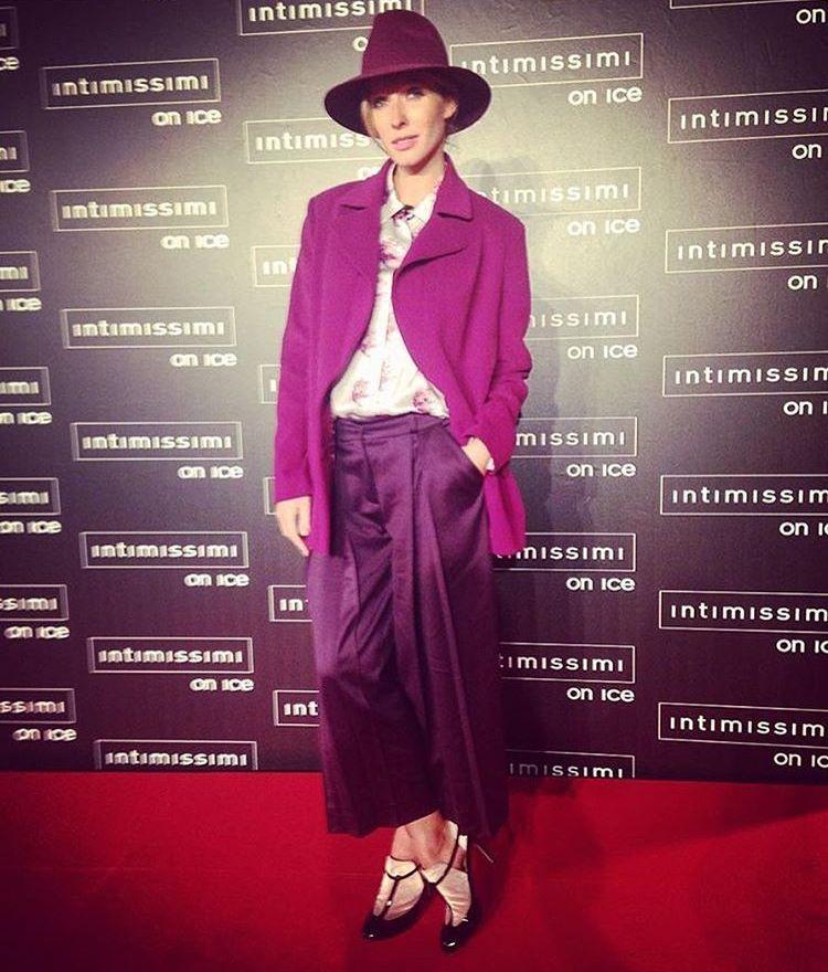 Беременная Катя Осадчая продемонстрировала идеальный стиль в наряде Couture de Fleur