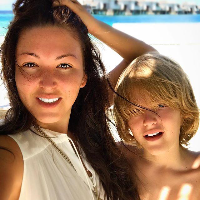 Как две капли воды: сын Ирины Дубцовой растет ее точной копией