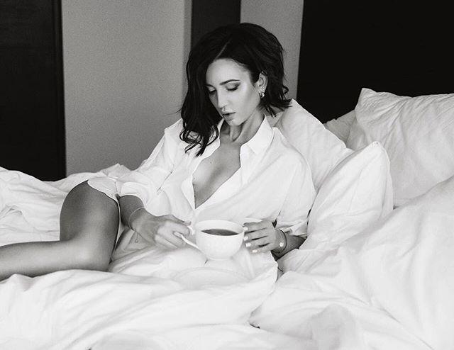 Ольга Бузовова взорвала сеть пикантными фото в постели и откровениями о личном