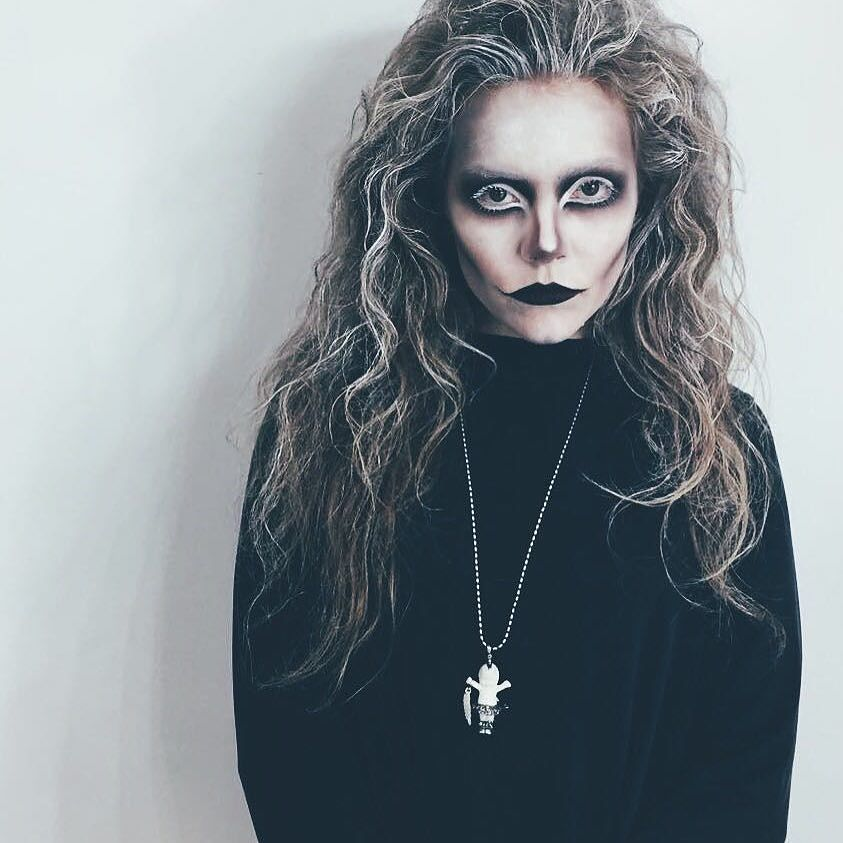 Привет, Хэллоуин: Алена Шоптенко шокировала жутким образом