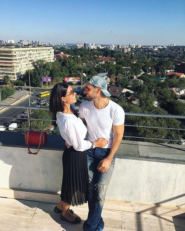 Виталий Козловский поделился романтичным фото с возлюбленной