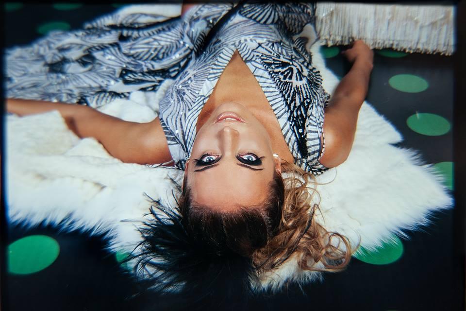В сети появились неопубликованные ранее снимки Жанны Фриске