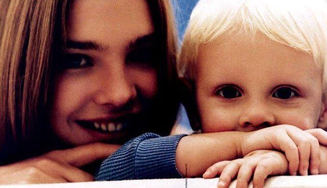 Гордая мама: Наталья Водянова показала повзрослевшего сына Лукаса