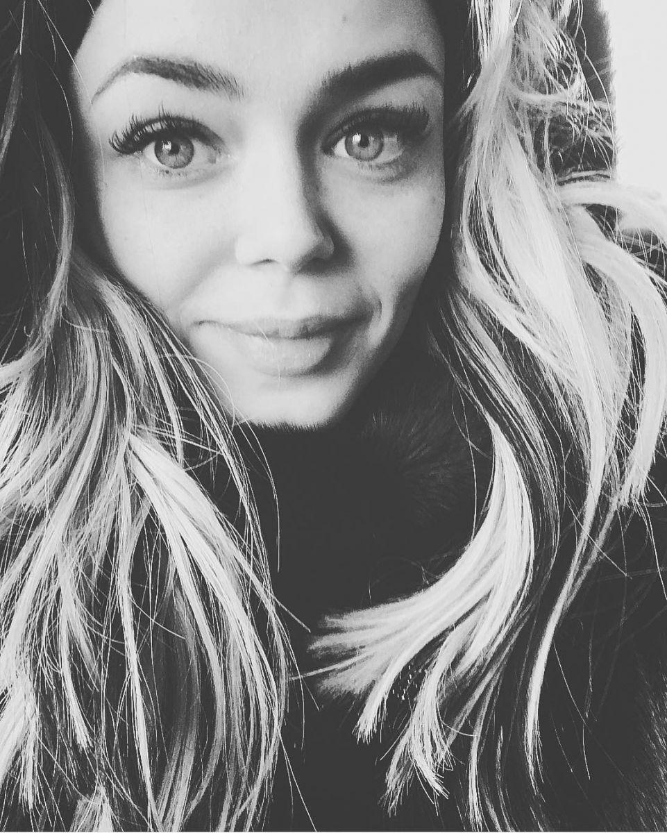 Алина Гросу без косметики: такая же красивая?