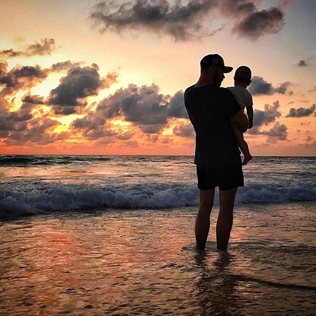 Семейное фото: Андрей Бедняков показал подросшую дочь и любимую жену