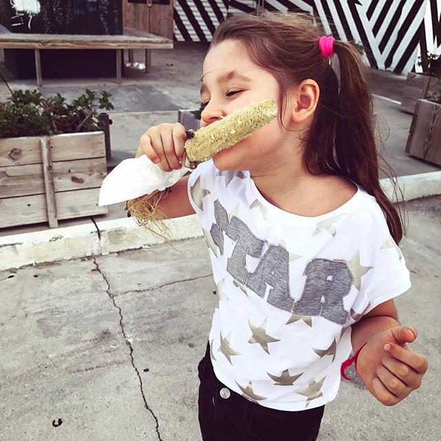 Месяц вдвоем: Loboda отправилась в большое путешествие вместе с дочерью