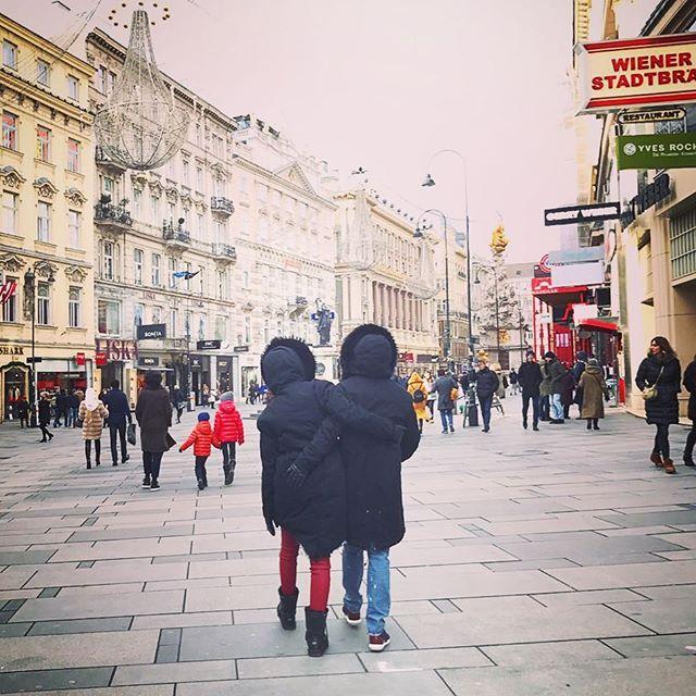 По уши в любви: Даша Астафьева засыпала сеть снимками с любимым