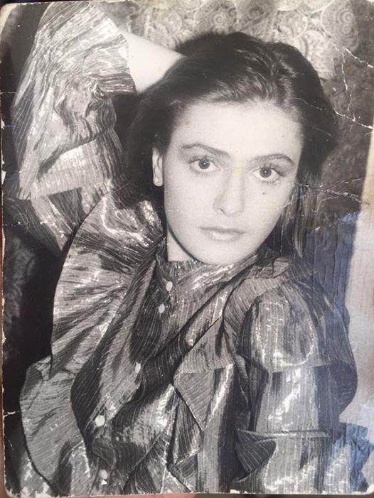Редкое фото: Ольга Сумская показала, как выглядела в 20 лет