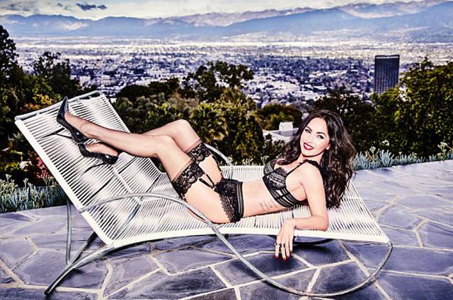 В чулках и сексуальном белье: сеть взорвали новые откровенные фото Меган Фокс
