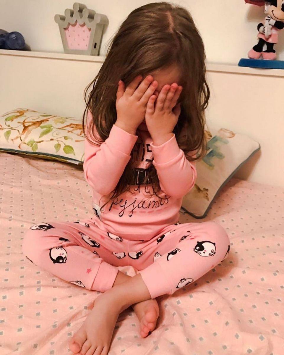 Видео: подросшая дочь Кристины Асмус и Гарика Харламова трогательно поздравила своего звездного папу
