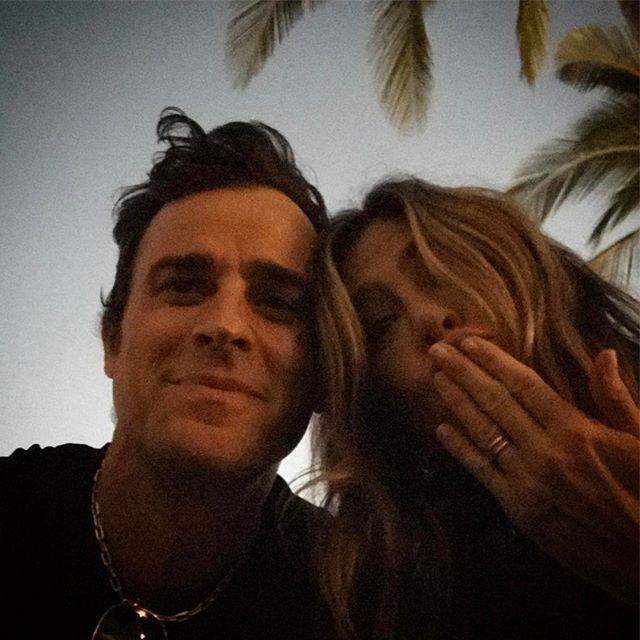 День рождения в тропиках: Джастин Теру повез Дженнифер Энистон на острова и поделился фото со счастливой супругой