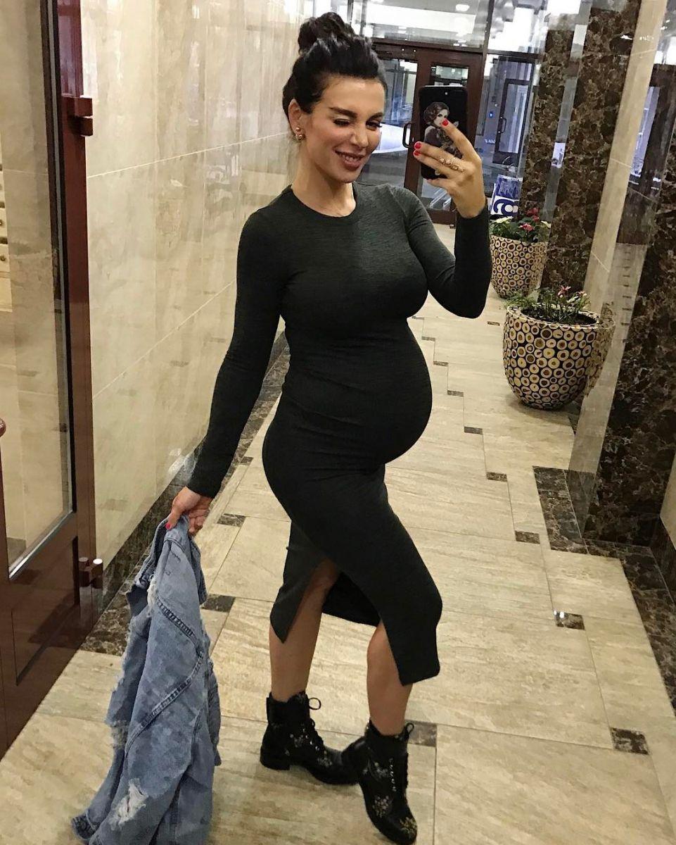 Анна седакова беременна 3