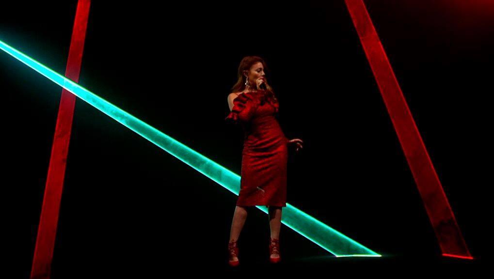 Тина Кароль выпустила новое видео ко Дню всех влюбленных