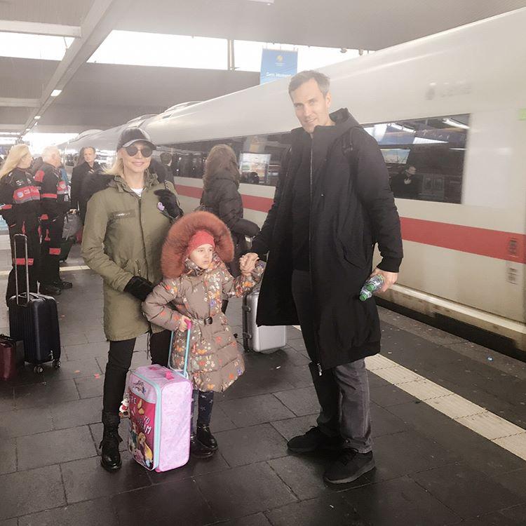 Когда все в сборе: Кристина Орбакайте путешествует с семьей